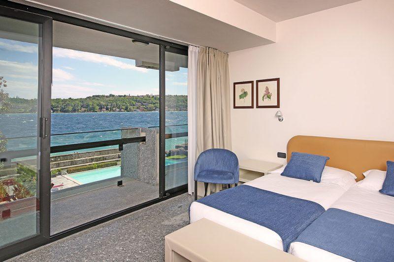 camera comfort con vista lago di garda